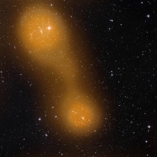 Filamento uniendo los cúmulos de galaxias Abell 399 y Abell 401