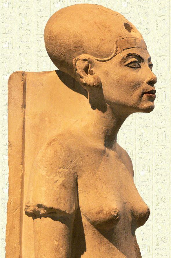 Nefertiti-berlin-mus